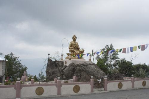 Будда у дороги