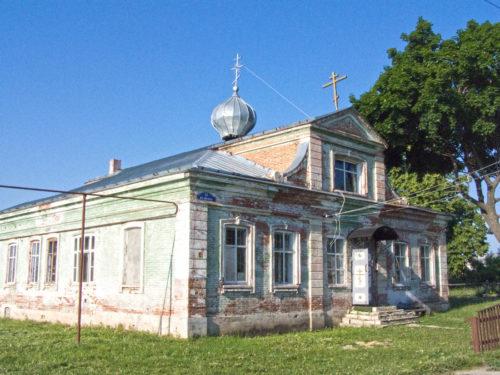 Церковь в здании бывшей волостной больницы