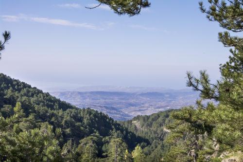 Вид на южное побережье Кипра с тропы Аталанти