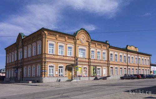 Сызранский краеведческий музей в особняке купца Леднева