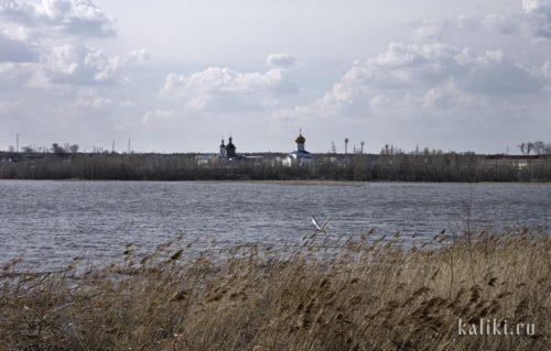 Вознесенский монастырь. Вид через реку Сызранку