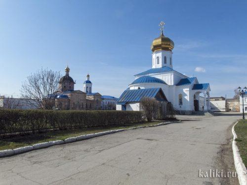 Внутри Вознесенского монастыря