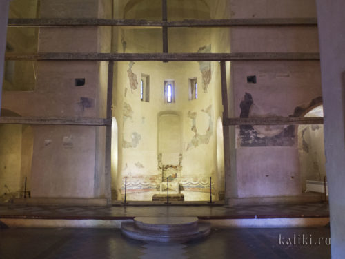 Церковь Спаса на Ильине внутри