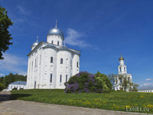 Георгиевский собор и колокольня Юрьева монастыря