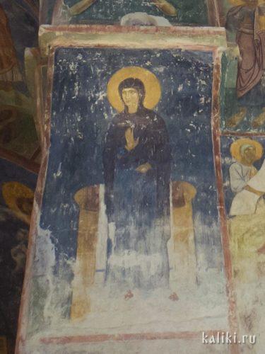 Богородица в сцене Благовещения