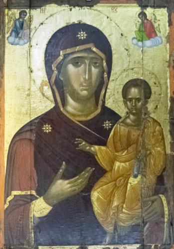 Богоматерь Одигитрия. Из коллекции епархиального музея в Ираклеоне