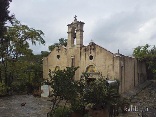 Главная церковь (кафоликон) монастыря св. Пантелеймона