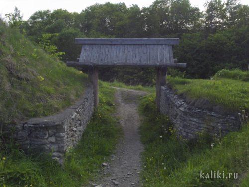 Ворота древнего Изборска