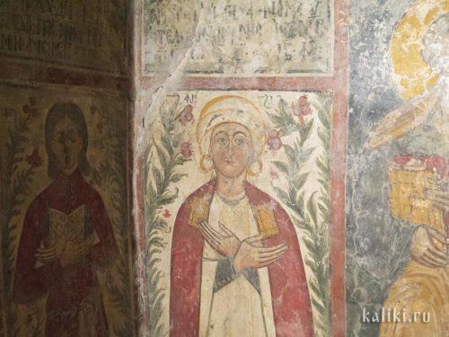 Святая. Фреска церкви Христа Спасителя в деревне Акумиа