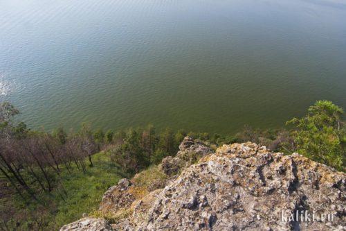 Обрывистый берег со стороны Жигулевского моря