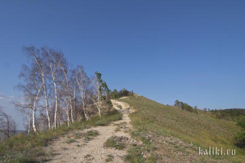 Дорога на вершину Молодецкого кургана