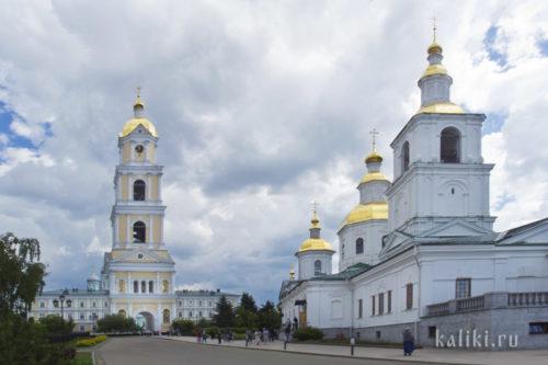 Казанский собор и колокольня