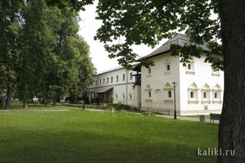 Братский корпус Спасо-Евфимиева монастыря