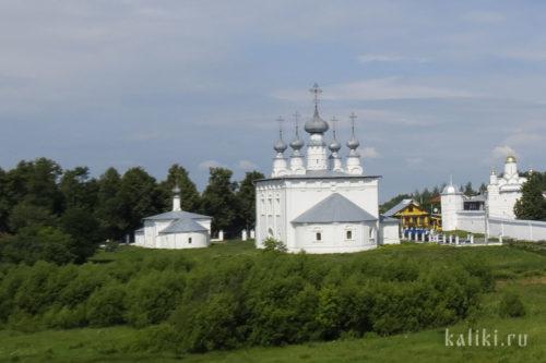 Петропавловская и Никольская церкви. Вид со стороны р. Каменки