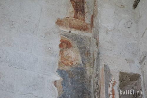 Фрагмент фресок XII в. на северной стене