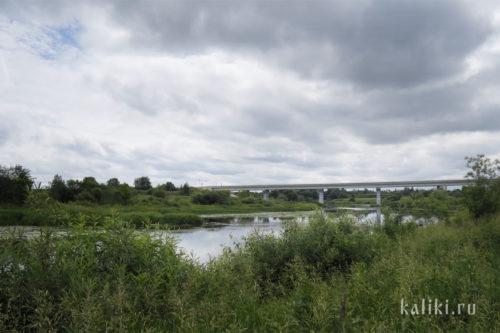 Мост через р. Нерль. Недалеко от него находится устье р. Каменки