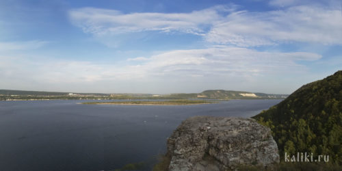 Панорамный вид с Верблюд-горы